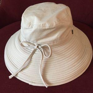 Tommy Bahama Wide Brim Sun Hat